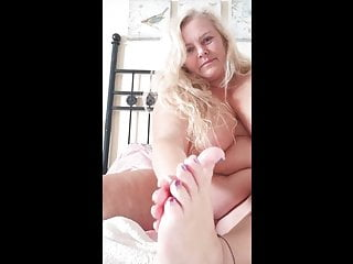 Foot lovers video - BBW Blond MILF playing with her feet