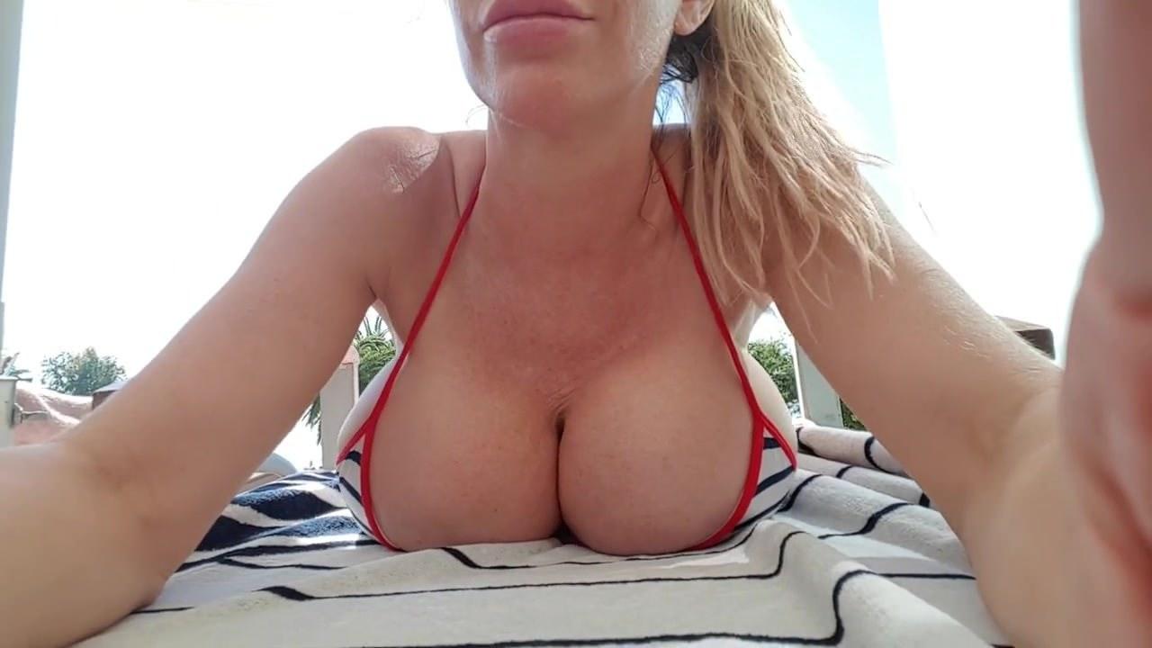 Webcam Big Tits Masturbate