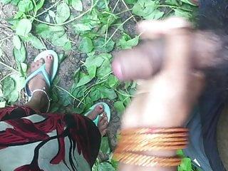 Indian whore handjob in jungle
