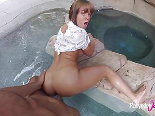 Rahyndee James Bangs in a Swimming Pool
