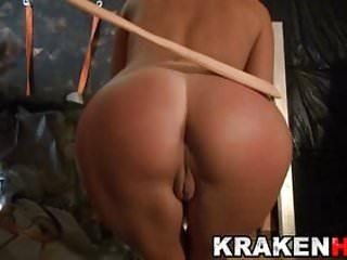 Krakenhot spanked...