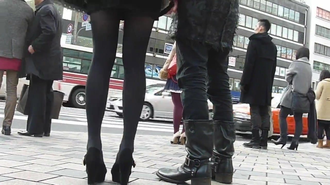 Street 1 amateur upskirt part like