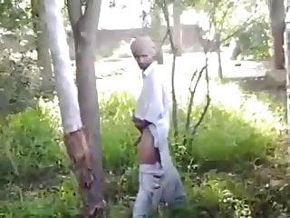 Str8 busting india jerk...