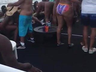 party boat porno videos