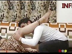 Hot boudi cheating on husband – full sex video