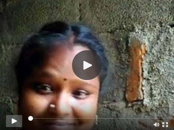 दक्षिण भारतीय तमिल लड़की BF के लिए उल्लू सेल्फी दिखाती है