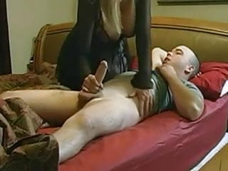 Mature wakes her boyfriend with hot blowjob...