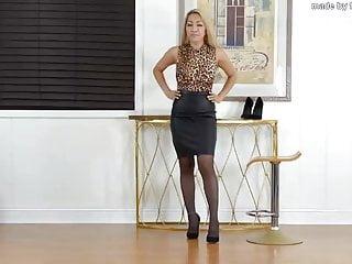 Black skirt heels 2...