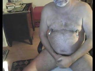 Horny german daddt bear on cam...
