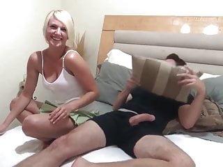 Sexy amateur girl on homemade...