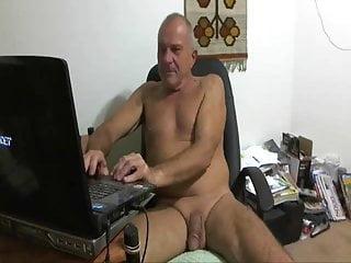 Bill nudist...
