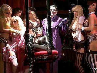 Batman porn parody gangbang catwoman...