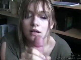 Great girl gives handjob