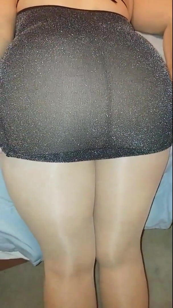 In pantyhose ass big Queen Size