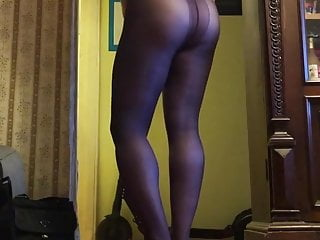 Gay in pantyhose only...