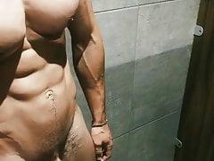 Straight Fitness Hunk Jerking big cock