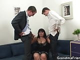 Chubby mommy is double dicked after photosession