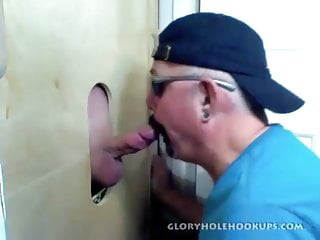 Gloryhole fan travels for a blowjob...