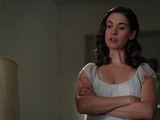 Alison Brie - ''Mad Men'' s1e12