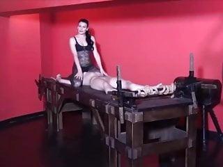farting her slave Lesbian face mistress