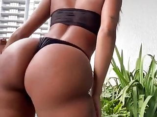 Amazing ebony booty giannina tv...