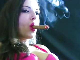 Mature big tits smoking cigar and fucking Free Cigar Smoking Girls Porn Videos 101 Tubesafari Com