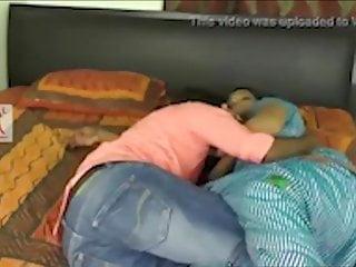 Bhabhi ne Toda kirayedar ke sath bistar  full romance