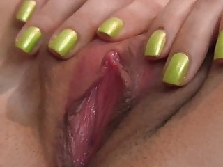 CLOSE UP PUSSY FINGERING AND CREAMPIE