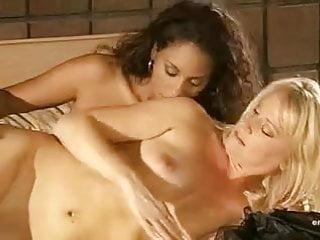 Beverly Lynne and Dee Baker - Kinky Pleasures