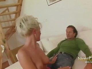 blonde geile hausfrau fickt fremdPorn Videos