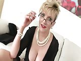 British MILF Opens Her Legs For You