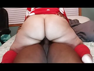 Mrs. Claus sex tape leaked on Xhamster by Black Grinch