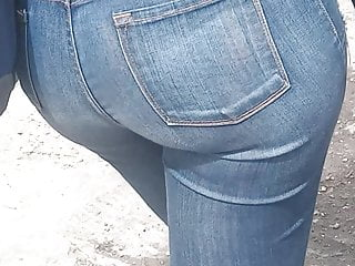 booty Young Thick jeans Latina in