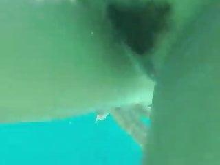 Underwater poolsex...
