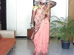 hijda in saree