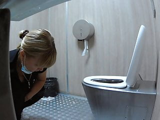 Voyeur toilet, porn tube - videos.aPornStories.com